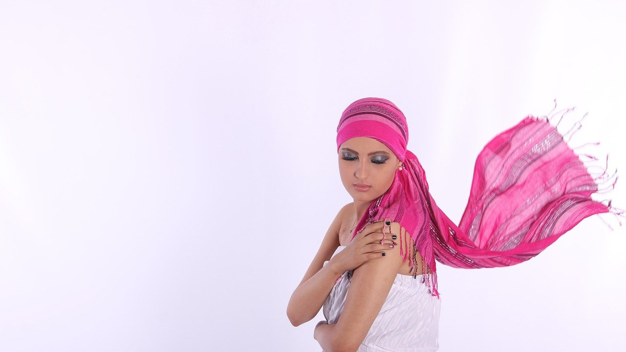woman chemotherapy head scarf and makeup